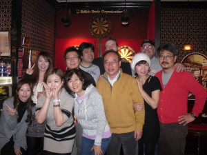 A visa run to Japan provided a great opportunity to throw with a friendly bunch in Osaka's oldest dart bar...