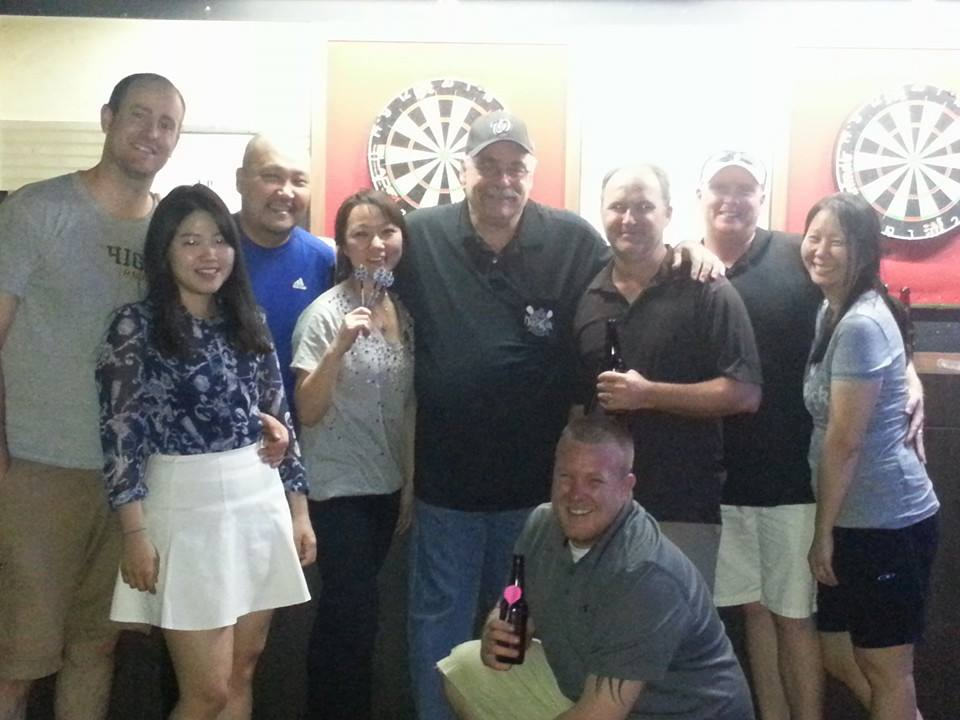 We were joined at Xenis by a gaggle of fellow darters who drove down from Seoul to join in the fun...