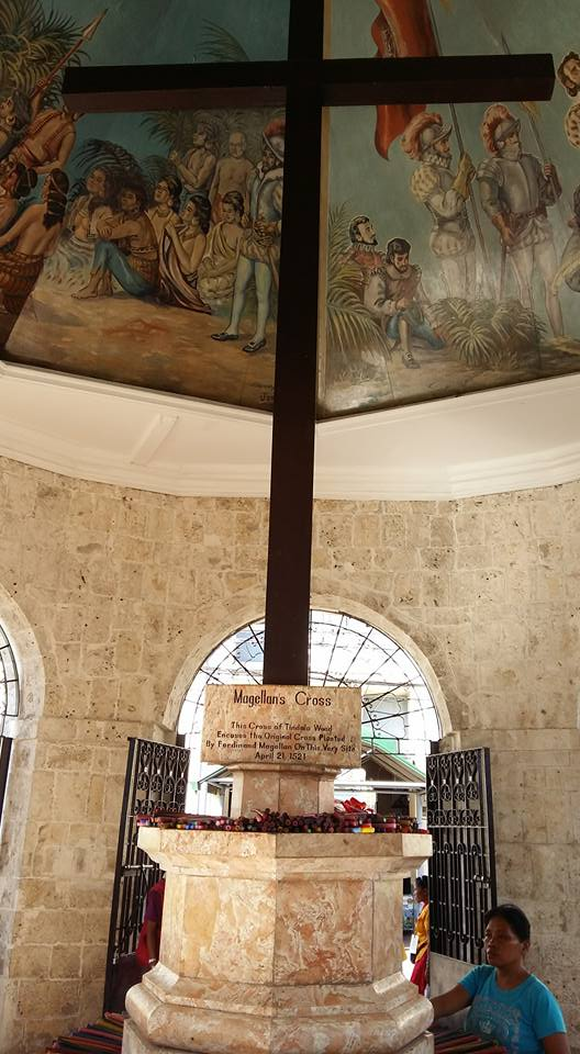 Speaking of Magellan, it is said that the original cross he planted in claiming the Philippines for God and Queen was at this spot and it's remnants are encased inside this one.  Who knows and cares?