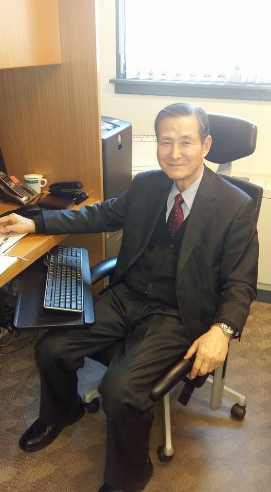 Mr. Kim's last day in the office...