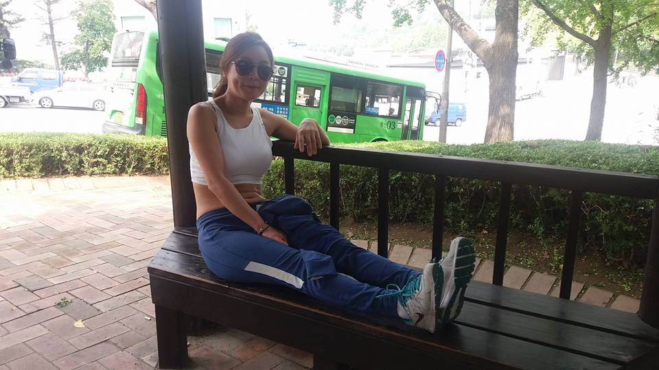 Ten minutes in and she needed to rest after the climb to the Grand Hyatt...
