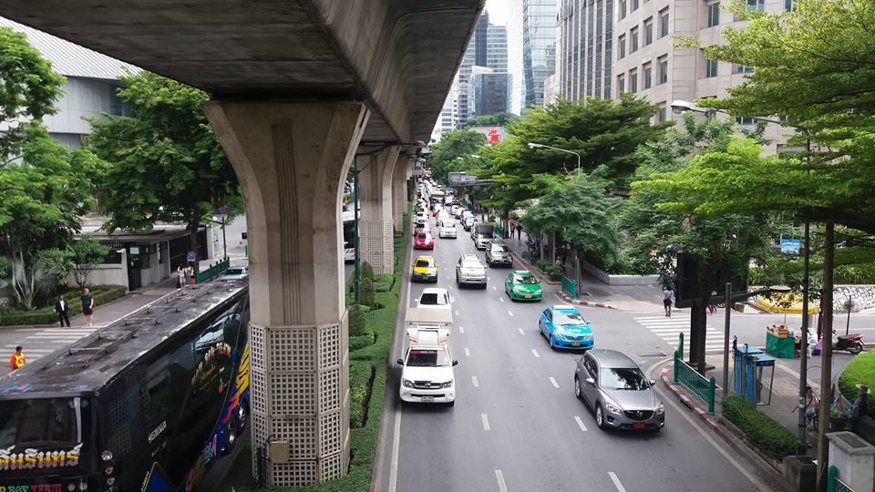 One more street scene...